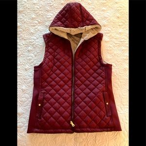 Daisies Jackets & Coats - Quilted Vest